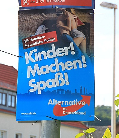kinder-machen-afd-400x465-q92